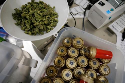 smokin gun marijuana containers colorado pot shops 500x334 1